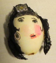 Spanish lady with lace mantilla egg