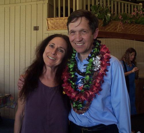 ABL meets Dennis Kucinich 2006 Maui